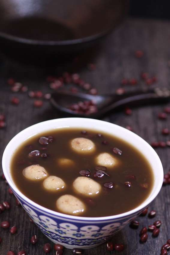 Sticky Rice Balls and Red Bean Sugar Water