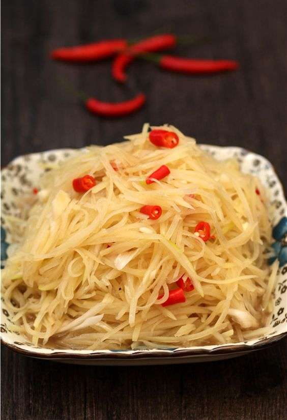 Chinese Shredded Potatoes Salad
