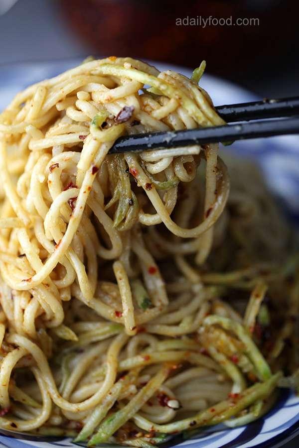 noodles with sesame paste