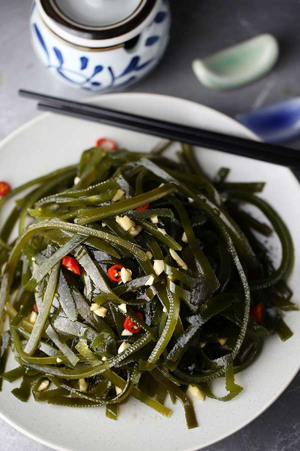 Chinese Style Seaweed Salad(凉拌海带丝)