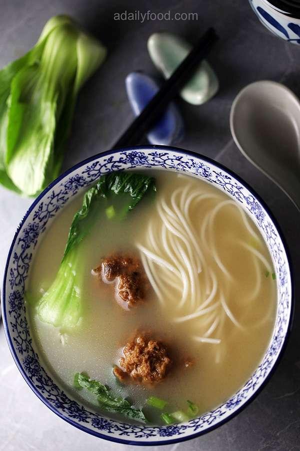 Noodle soup with prok balls