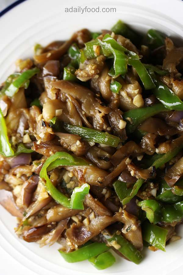 Chinese Eggplant and Green Pepper Shredded Stir Fry